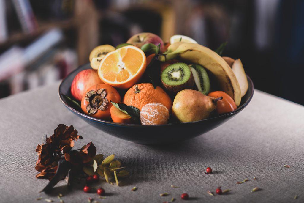 Corbeille de fruits biologiques